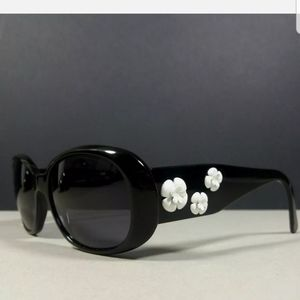 $1000 Auth Chanel Camilla sunglasses